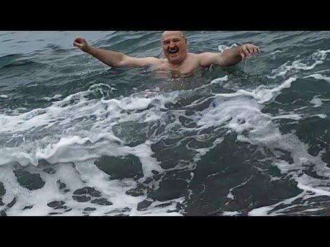 Лукашенко Принял Предложение Путина И Искупался В Черном Море